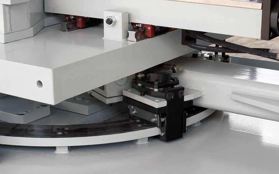 Pásová píla PTX detail - otoč